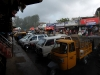 munnar-rainy-cars-in-town