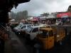 munnar-rainy-cars-in-town
