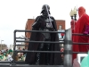 boston-st-patricks-day-parade-2007-star-wars-darth-vader-poses