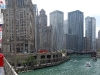 chicago-michigan-avenue-bridge-with-boats-and-waterway