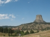 devils-tower-view-from-afar