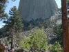 devils-tower-view-from-middle-distance