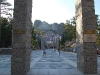 rushmore-past-the-pillars-to-the-monument