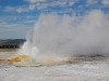 yellowstone-small-geyser-bursts-1