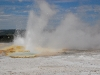yellowstone-small-geyser-bursts-2
