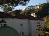 hollywood-hollywood-sign-beyond-house