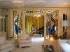 memphis-graceland-front-living-room